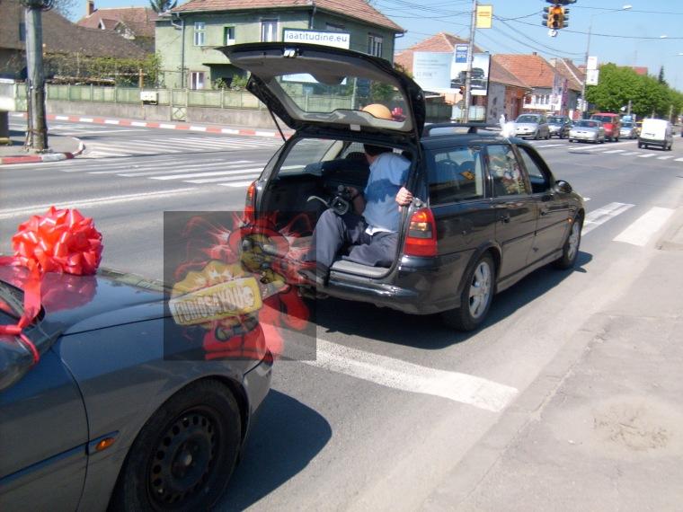 cocalar filmez sub maşină