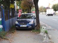 Şofer din întâmplare: B 96 JTZ parchează pe unde-l taie capul. Pietonii? Săleviteze!!!