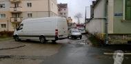 Şofer din întâmplare: Un bucureştean are stradă proprie la Sibiu. Vezi cum aparcat!