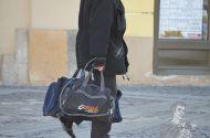FOTO: Metoda extremă prin care un sibian şi-a protejat bagajele împotriva hoţilor şi a rafalelor devânt